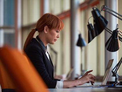 how to use linkedin for job postings