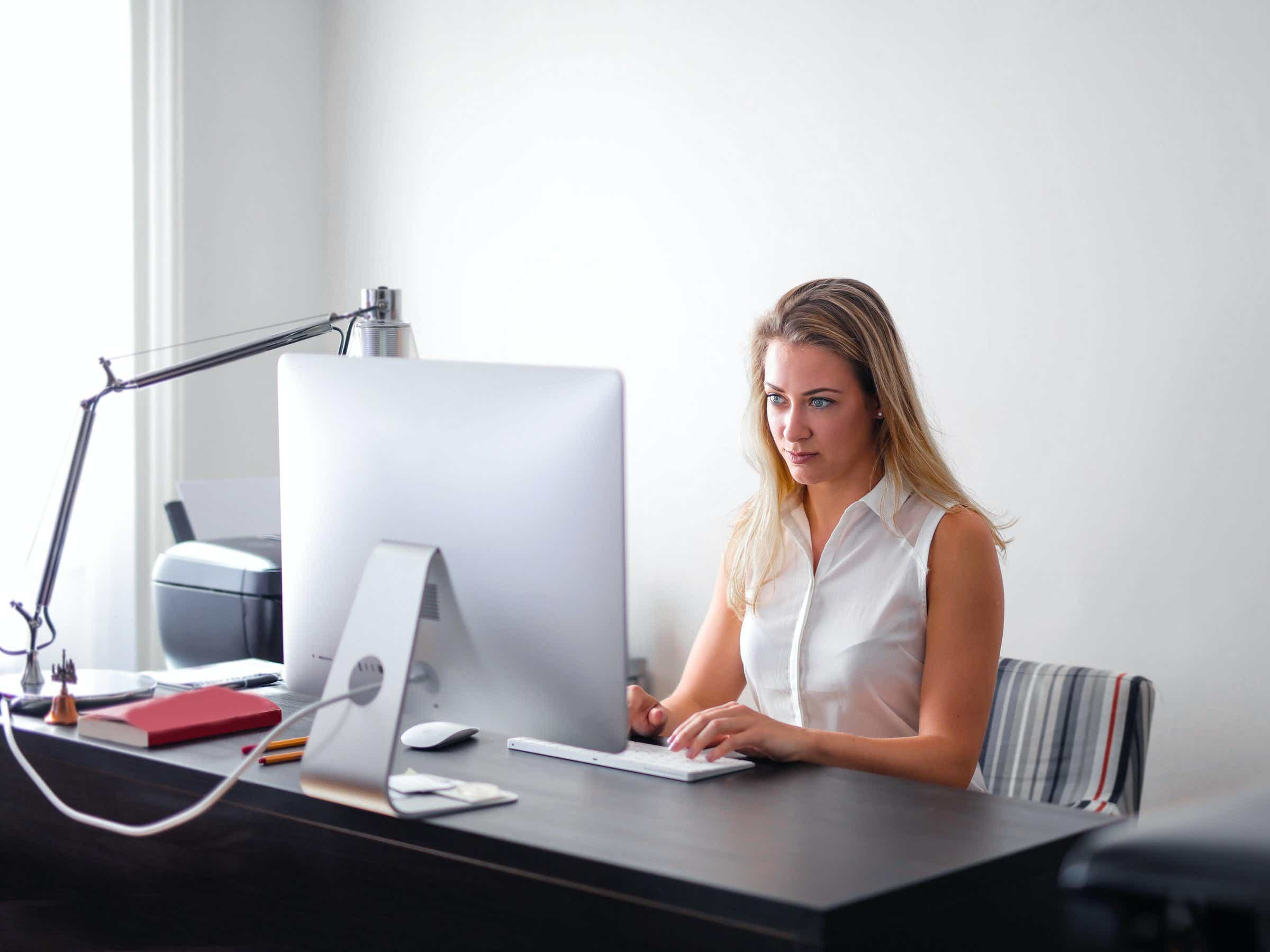 How to do an Instant Background Check?