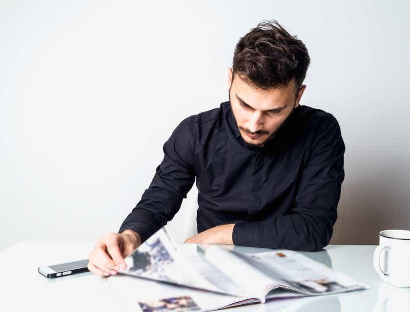 Magazine Editor Job Description