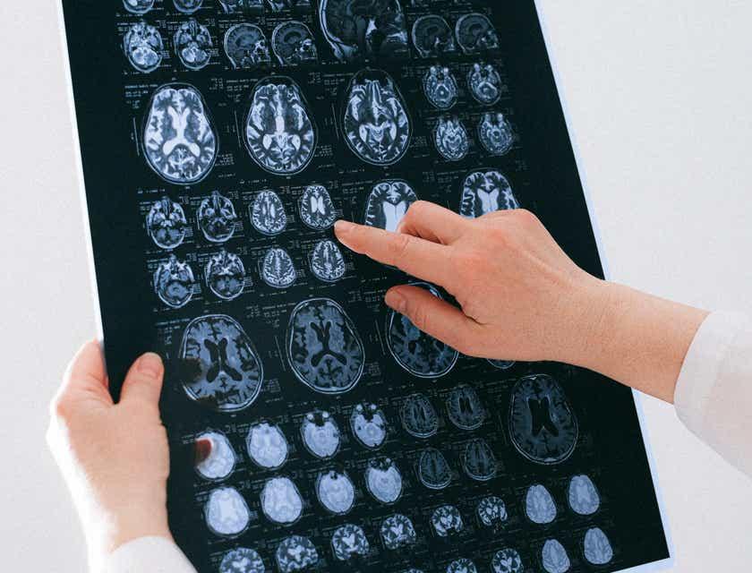 Neurologist Job Description