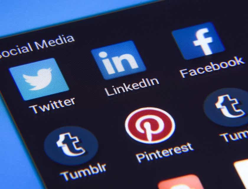 Social Recruiting Tips
